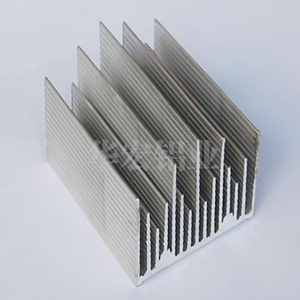 散热器铝型材原理